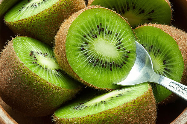 Kiwi | Growing Food From Scraps | 37 Kitchen Scraps You Can Regrow