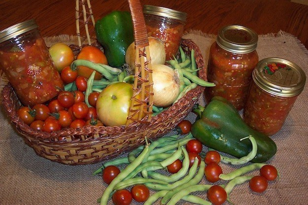 Canning Tomatoes | A Smart Idea To Keep Your Fresh Harvest Longer
